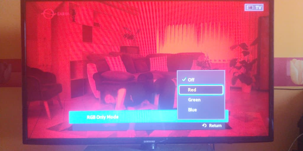 how to make your TV screen red